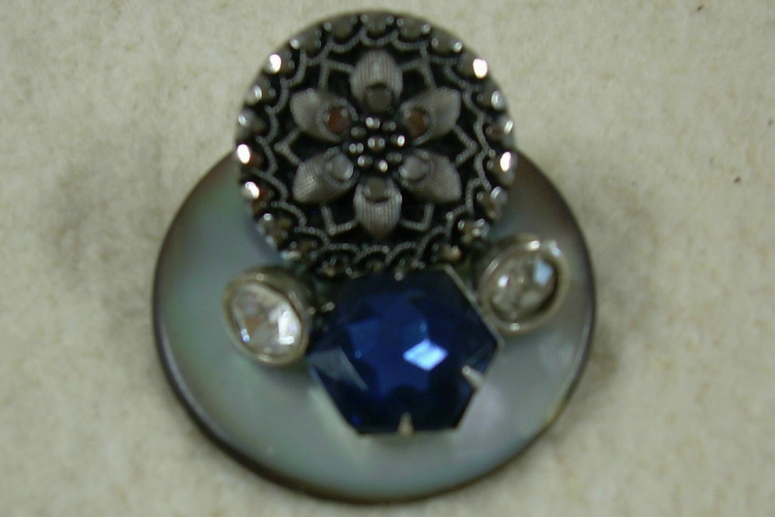 Button Brooch with Blue Glass Stone